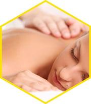oli-essenziali-utilizzi-massaggi-corpo-aquilea-nutraceutica